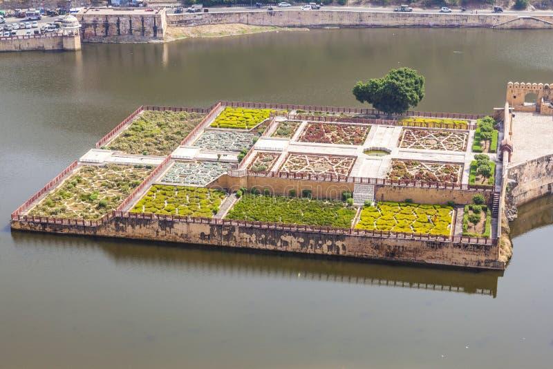 Lac Maota et jardins d'Amber Fort à Jaipur, Ràjasthàn images stock