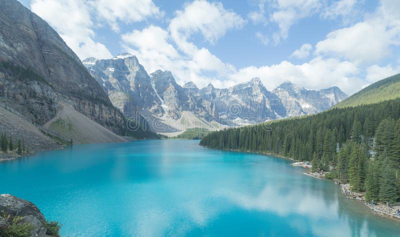 Lac moraine, stationnement national de Banff, Canada images stock