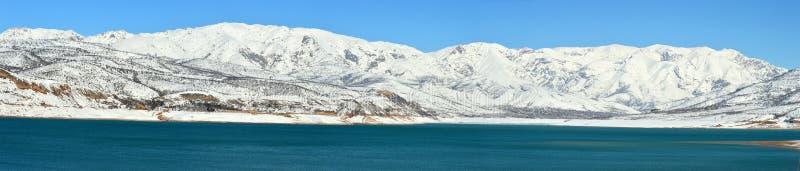 Lac mountain à l'aube images stock