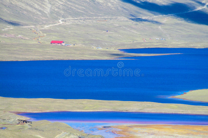Lac mountain dans les Andes photographie stock