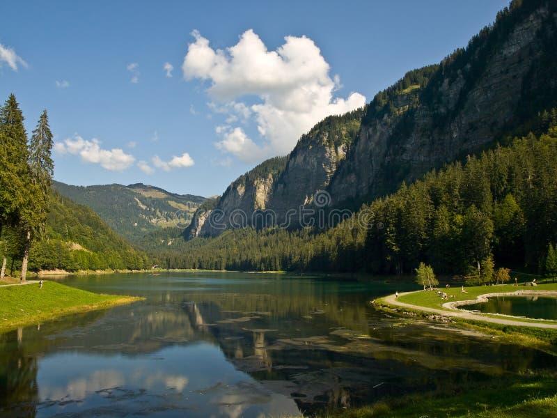 Lac mountain près de Thonon. image libre de droits