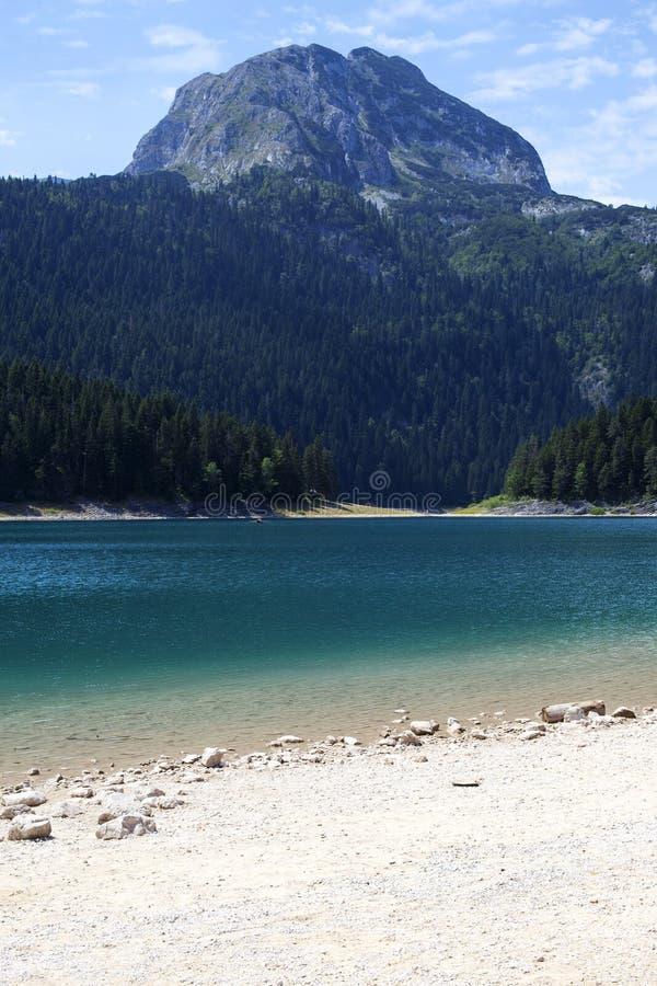 Lac noir sur la montagne de Durmitor dans Monténégro photos stock