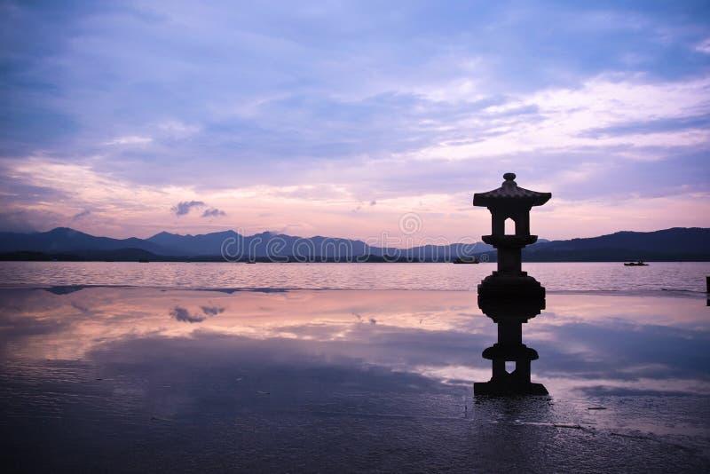 Lac occidental dans la porcelaine photographie stock libre de droits