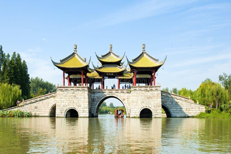 Lac occidental mince bridge de cinq pavillons image stock