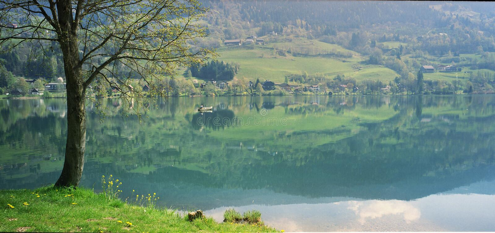 Lac paisible photo stock