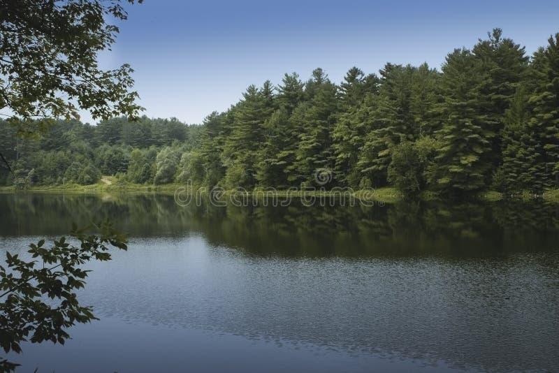 Lac paisible vermont photo libre de droits