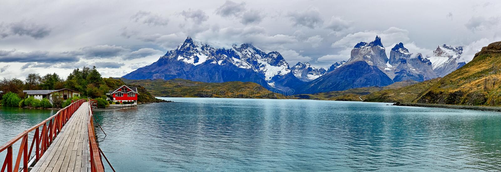 Lac Pehoe chez Torres del Paine N P Patagonia, Chili photos stock