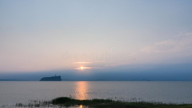 Lac Poyang dans le lever de soleil photos libres de droits