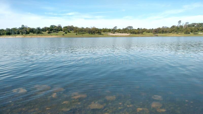 Lac rocheux image stock