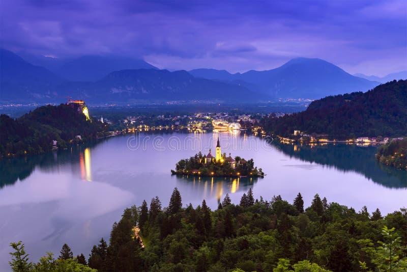 Lac saigné en Slovénie photos stock