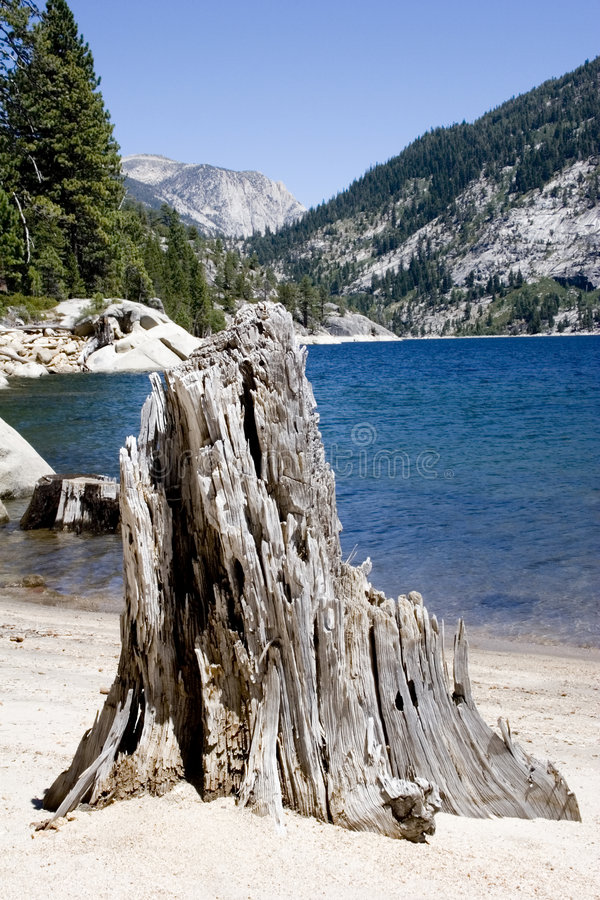 lac scénique de montagne, lac Edison images libres de droits