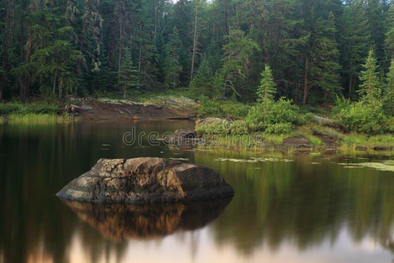 Lac serein images libres de droits