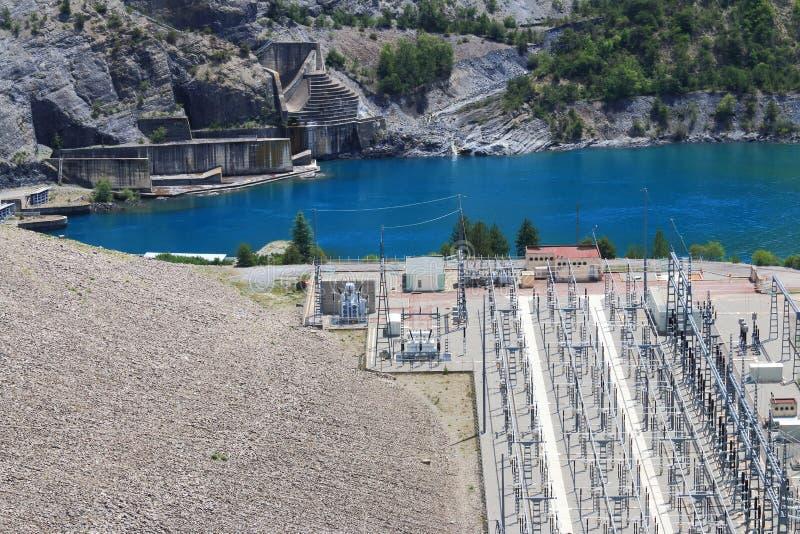 Lac Serre-Poncon, centrale, Hautes-Alpes, France photographie stock libre de droits