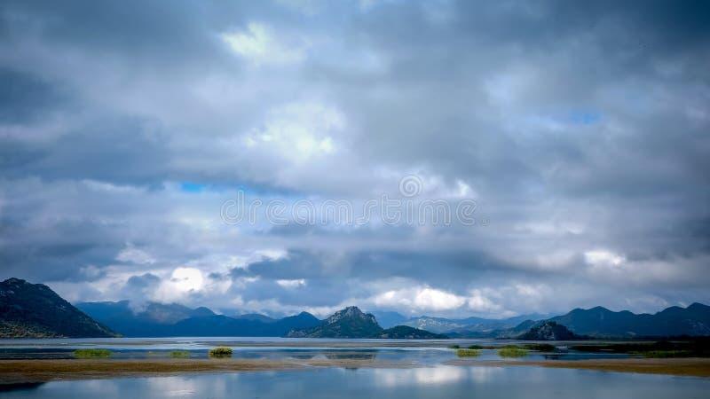 Lac Skadar photo libre de droits