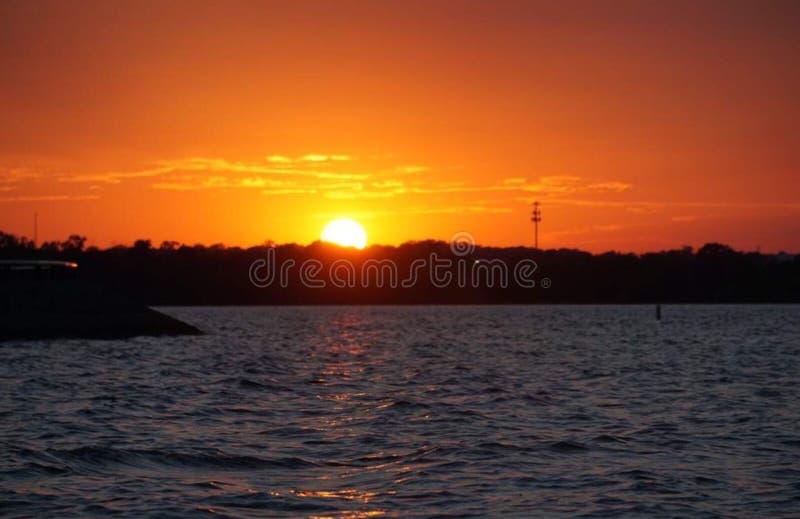 Lac sunset images libres de droits