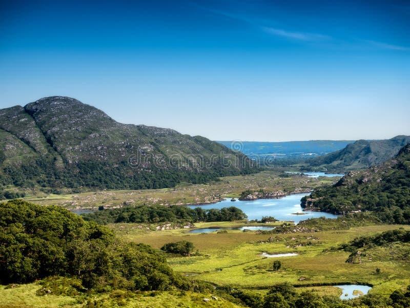 Lac supérieur à l'anneau de Kerry près de Killarney images libres de droits