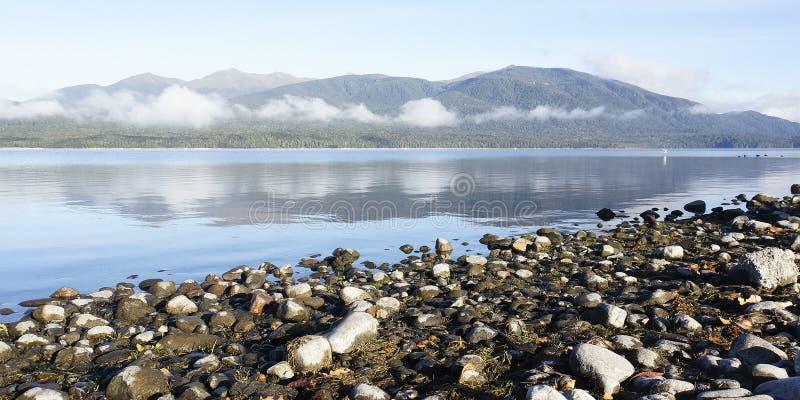 Lac Te Anau, Nouvelle-Zélande, Panoramique photos stock