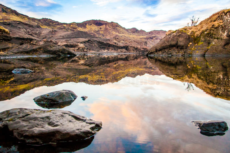 Lac toujours images stock