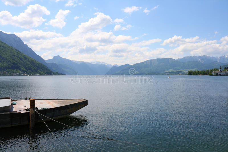 Lac Traunsee - Gmunden, Autriche photographie stock