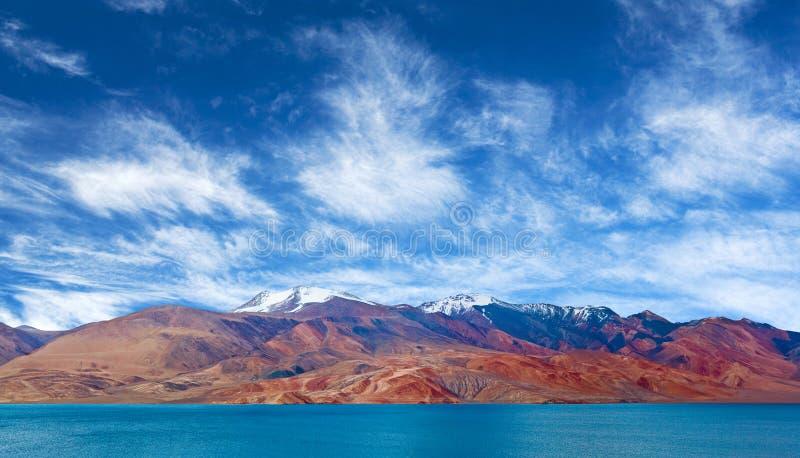 Lac tso Moriri dans Ladakh, Inde du nord photos libres de droits