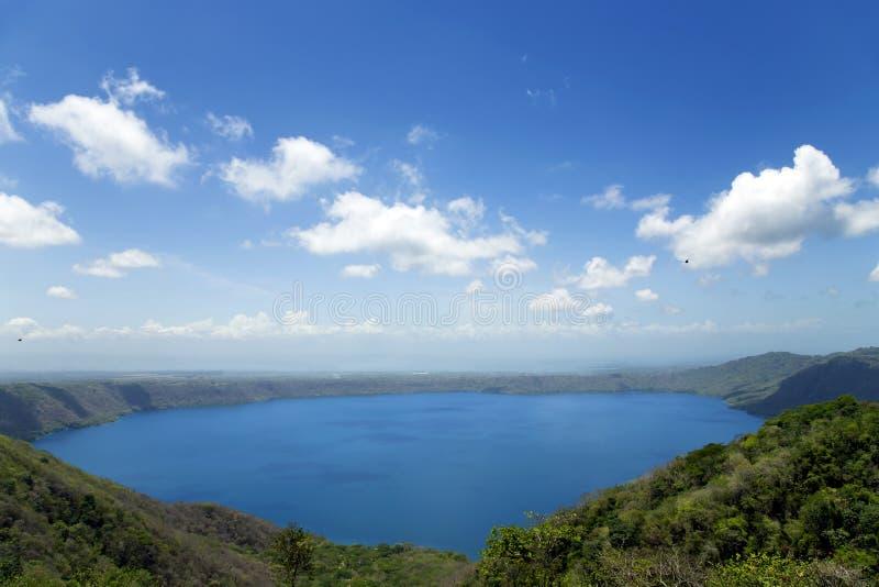 Lac volcanique merveilleux Apoyo de cratère photographie stock libre de droits