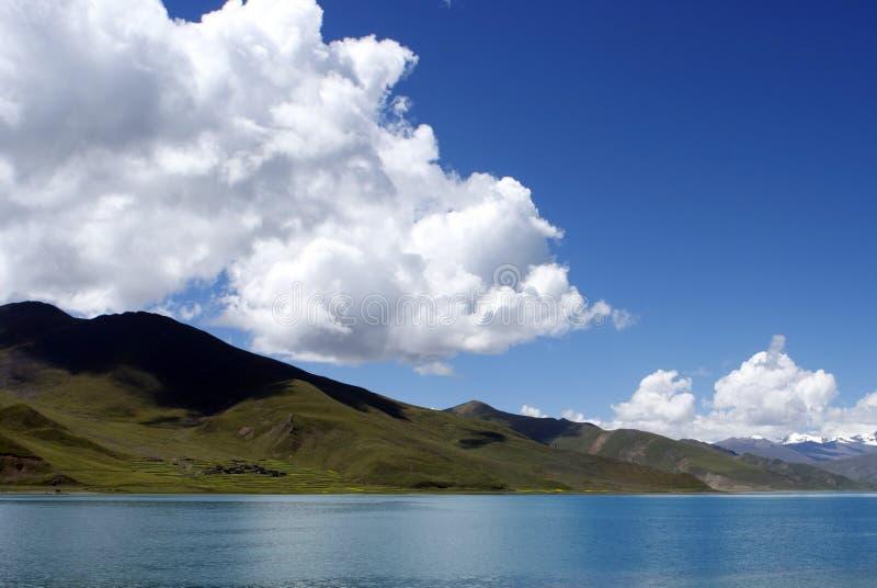 Lac Yamdrok photos libres de droits