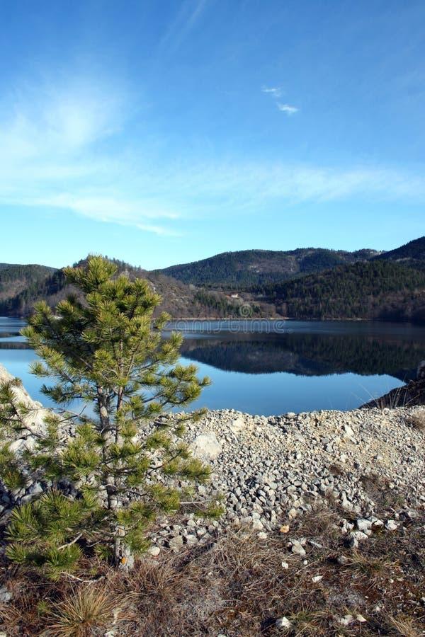 Lac Zaovinsko images libres de droits