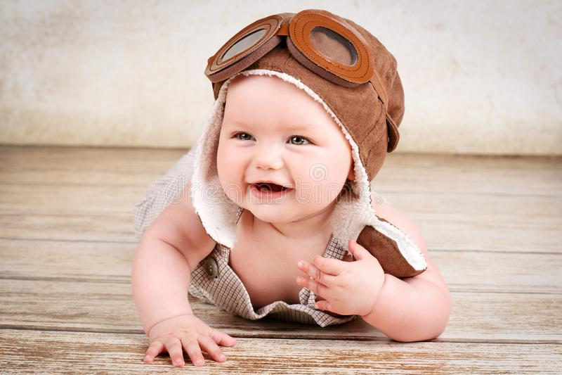 Lachend weinig baby royalty-vrije stock foto