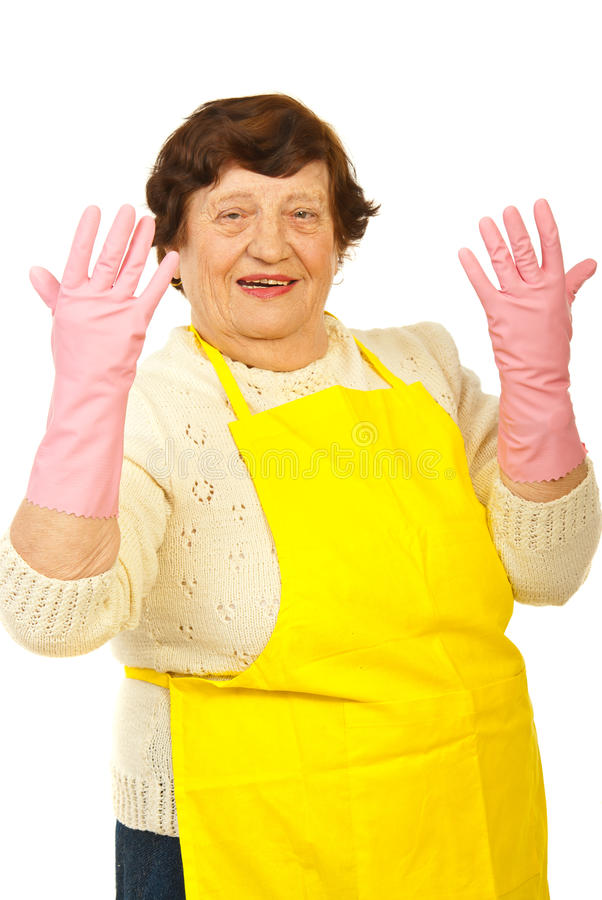 Lachende ältere Hausfrau stockbild