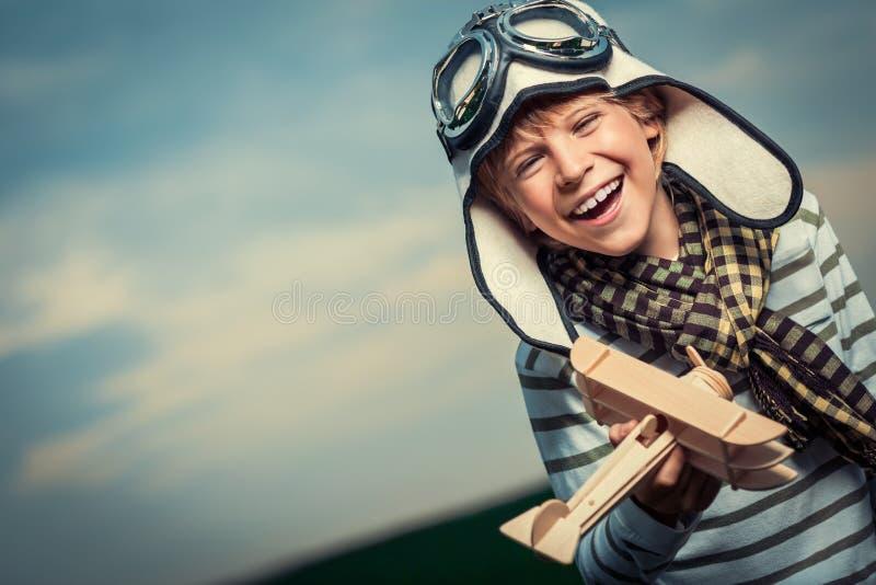 Lachender Junge stockbilder
