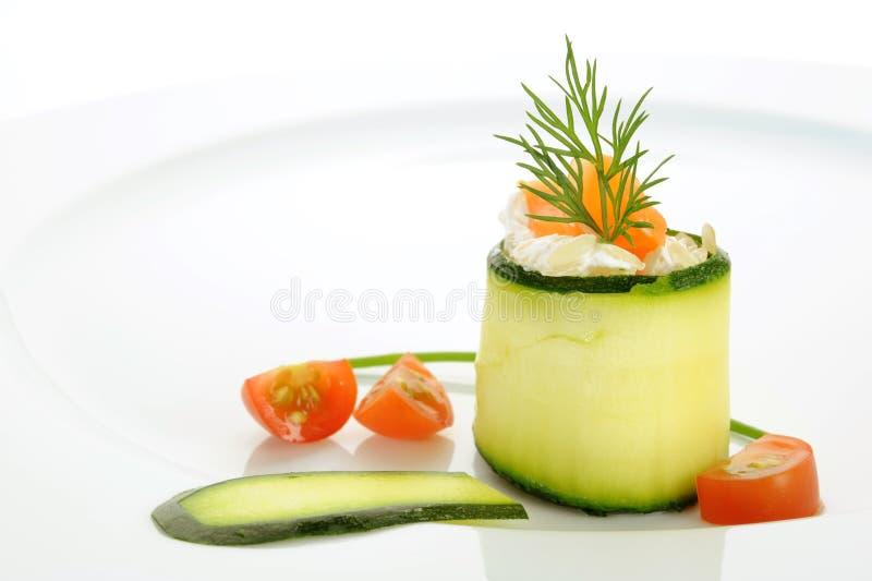 Download Lachs-Rolle stockbild. Bild von aperitif, frucht, teil - 27726697
