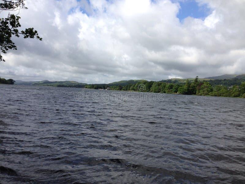 lacs de lac de l'Angleterre de district de cumbria de coniston beaucoup l'eau d'un s photo stock
