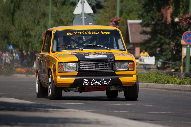 Lada VAZ 2107集会赛车 库存图片