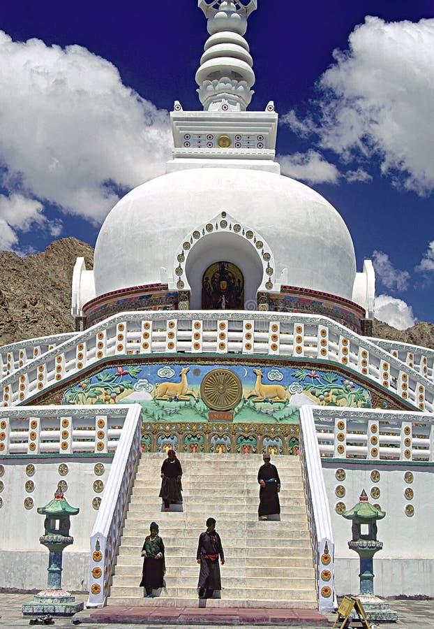ladakh leh stupa ειρήνης στοκ φωτογραφία