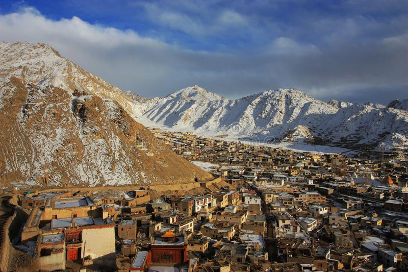 Ladakh solnedgånglandskap royaltyfri fotografi