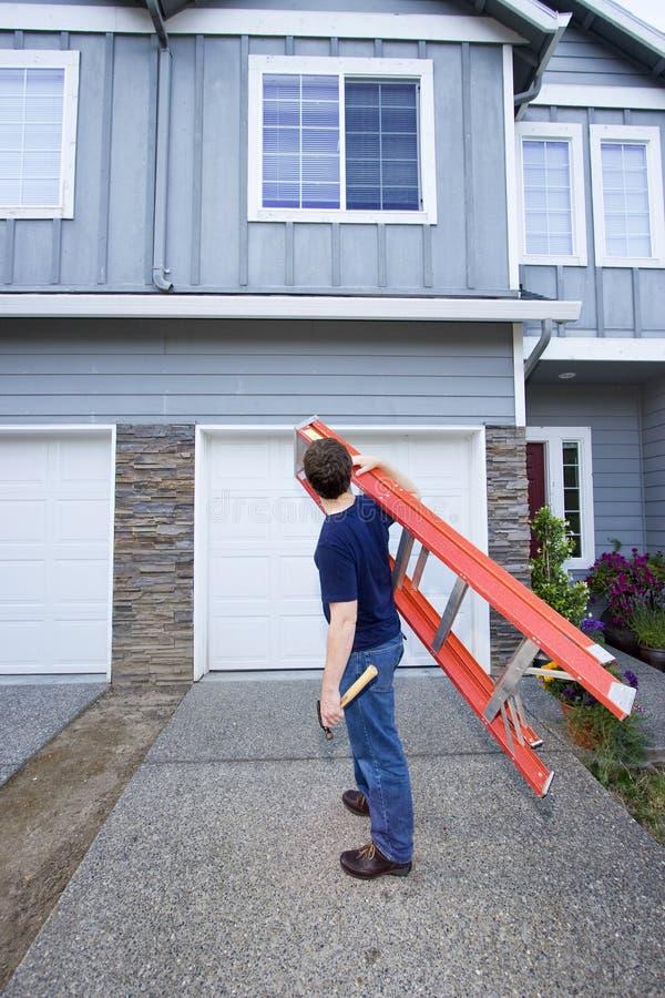 ladder man στοκ φωτογραφία με δικαίωμα ελεύθερης χρήσης