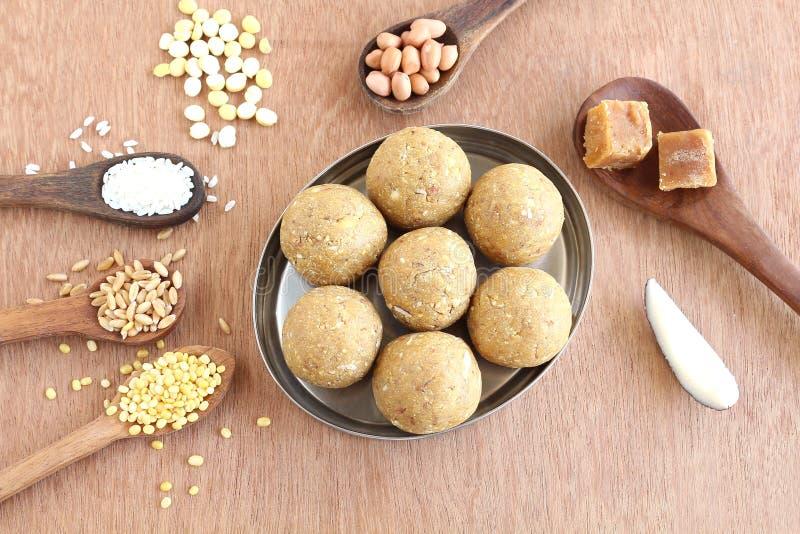 Laddu dolce indiano fotografia stock