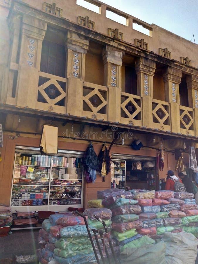 Laden in der Medina in Marrakesch lizenzfreies stockbild
