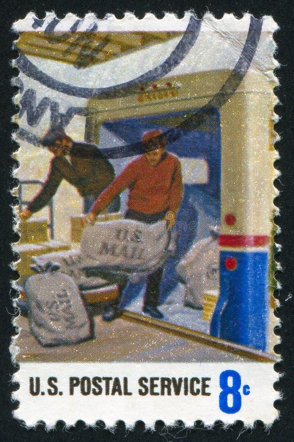Ladenpost auf LKW lizenzfreie stockbilder