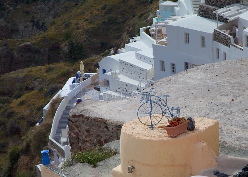 Ladera de la isla de Santorini fotos de archivo libres de regalías