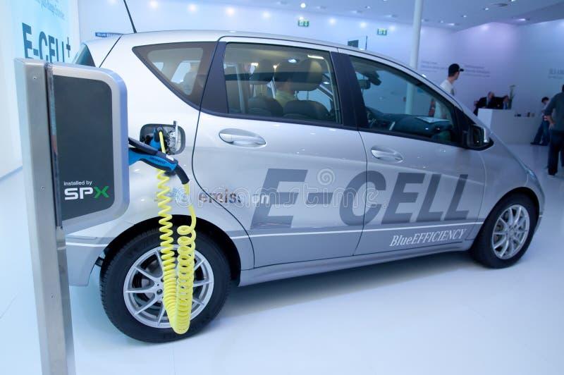Ladestation für ein hybrides Auto stockbilder
