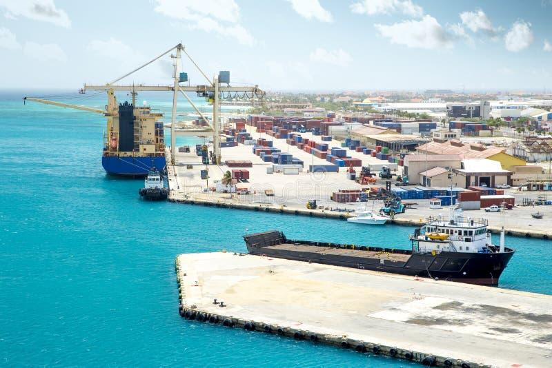 Ladingshaven op Aruba royalty-vrije stock fotografie