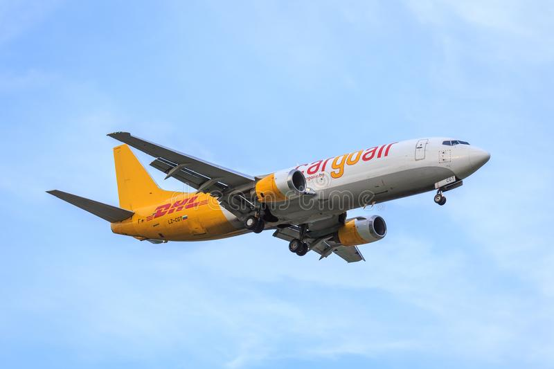 Ladingslucht/DHL Boeing 737 royalty-vrije stock afbeelding