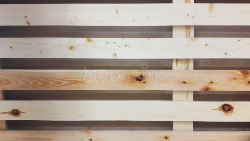 Lado del cajón de tablones de madera ligeros crudos imágenes de archivo libres de regalías