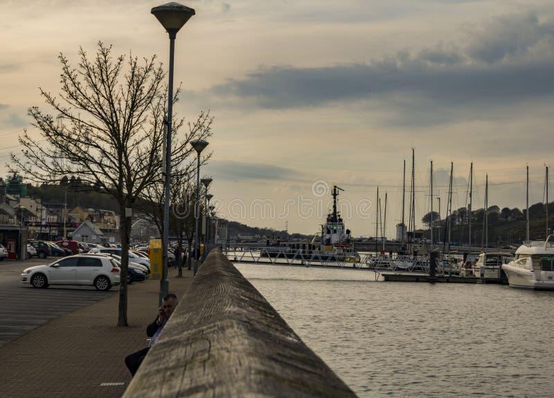 Lado del río de Waterford imagen de archivo