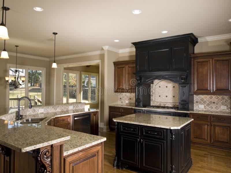 Lado direito da cozinha center luxuosa do console foto de stock royalty free