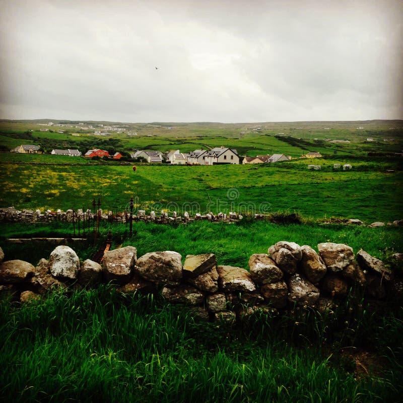 Lado irlandés del país foto de archivo