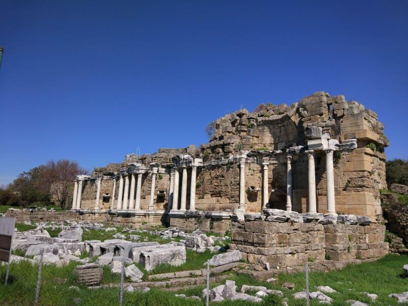Lado monumental Antalya Turquía de la fuente fotos de archivo