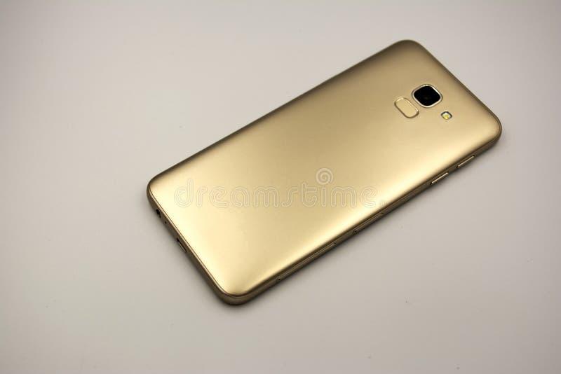Lado traseiro de um celular imagens de stock royalty free