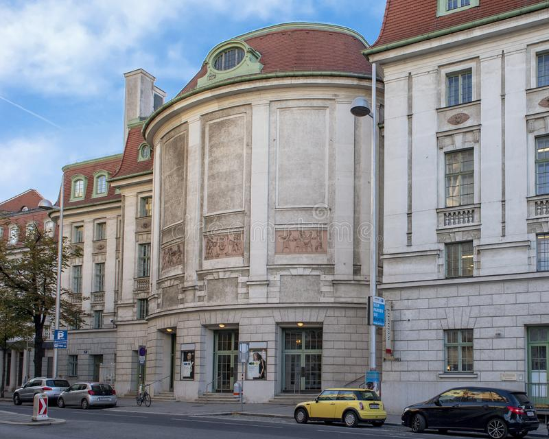 Lado trasero del Weiner histórico Konzerthaus, Viena, Austria imágenes de archivo libres de regalías